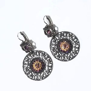 Mariana Earrings With Topaz and Purple Stone